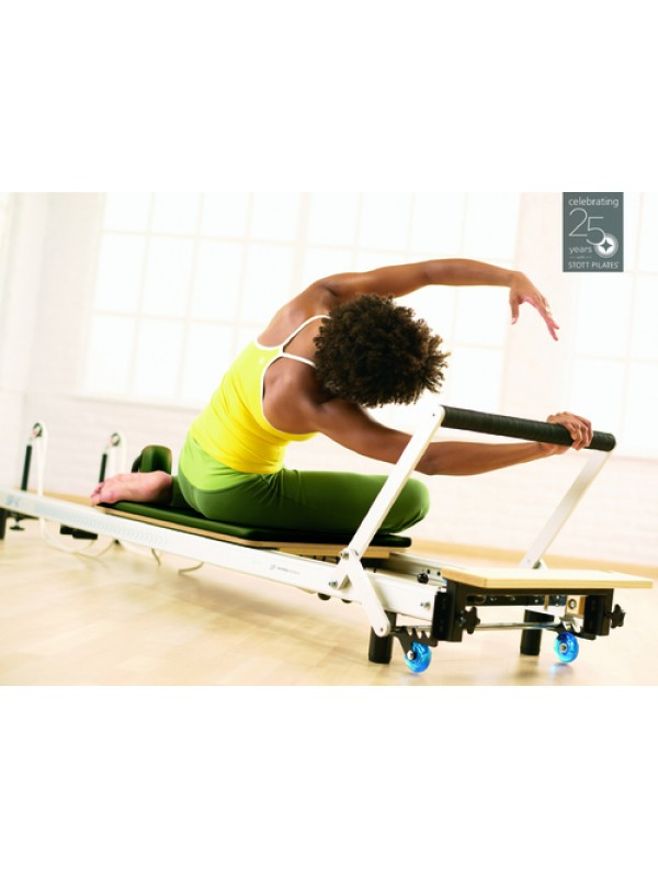 MERRITHEW SPX MAX Reformer with Deluxe Bundle Package